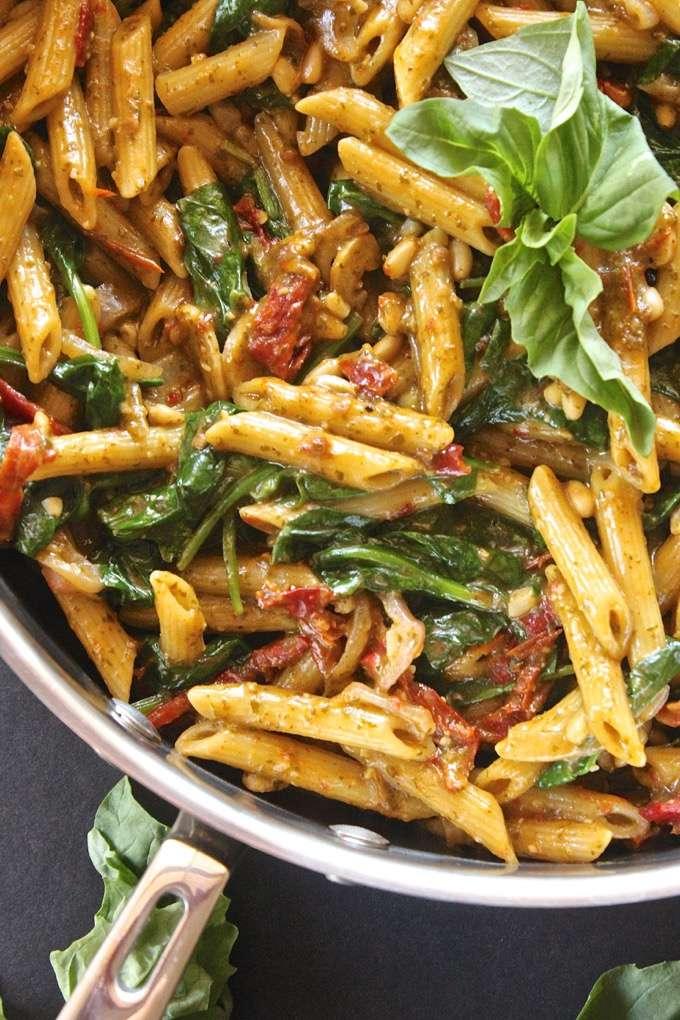 One Pot Pesto Pasta
